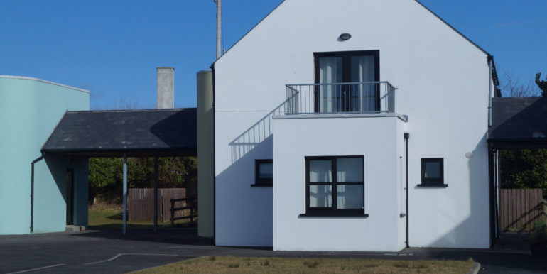 Frank Carr - No. 6 Ext. house side aspect.