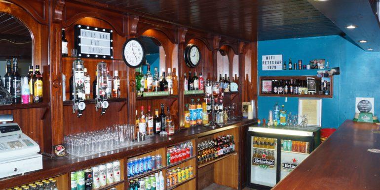 Petes Bar counter area inside Jan 20 mba