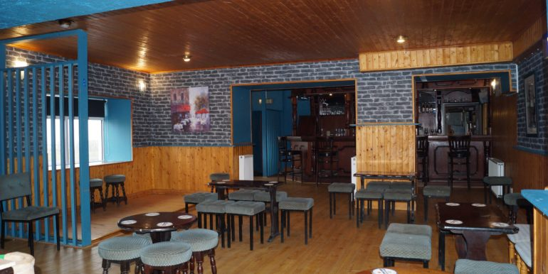 Petes Pub Lounge area looking back to bar 2 Jan 20 mba