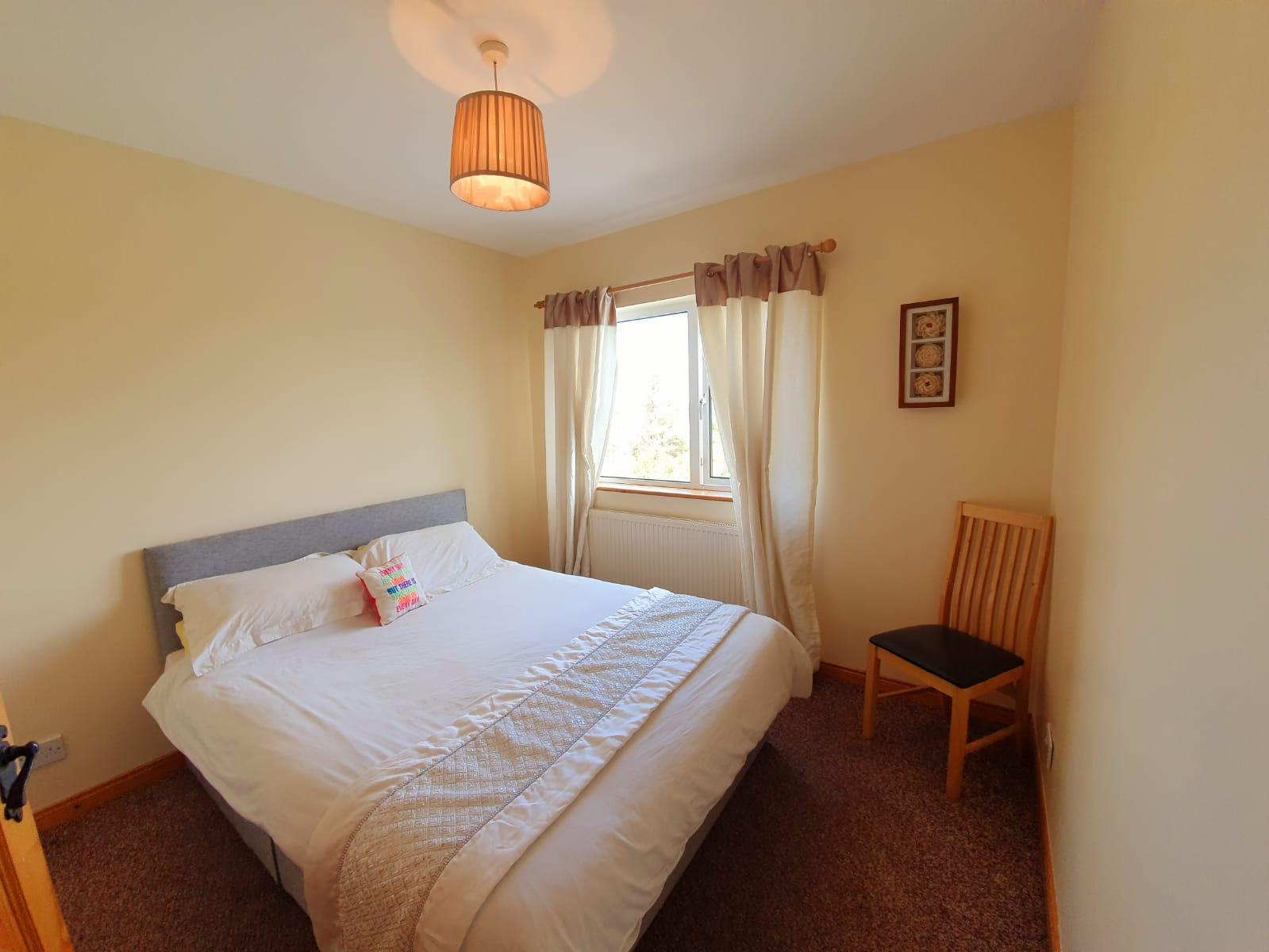 Mullis - Bedroom 2. side view