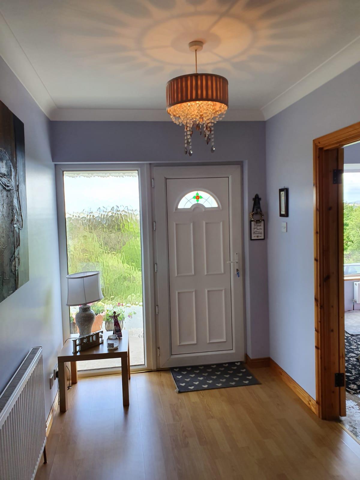 Mullis - Hallway front door