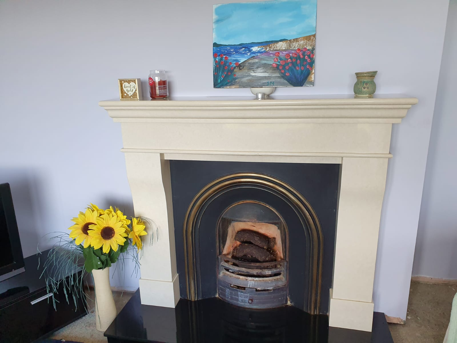 Mullis - Sitting room fire place