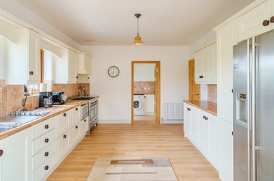Toberkeen, Dungloe - Kitchen - Fridge