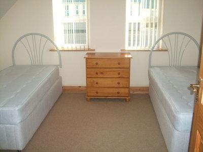 Upper Dore - 2 Singles Beds 2.