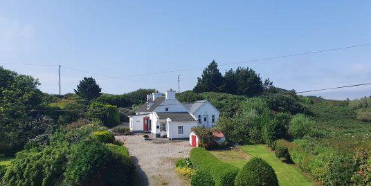 Roisin, Burtonport – 3 Bedroom Cottage.
