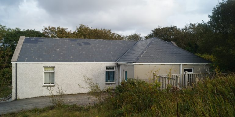 Glenahilt House - Front Aspect. Oct 2020 (1)