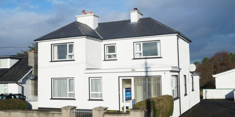 Sisters Carnmore Dungloe new front aspect 12. Nov 2020