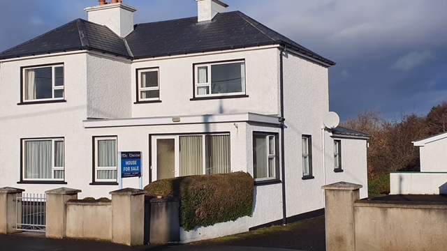 Detached 5 bedroom – 2 storey house in Dungloe, Co. Donegal