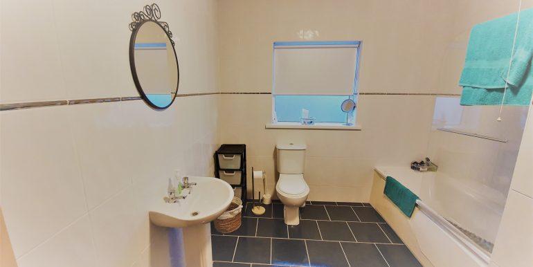 Neily Martin - bathroom -1