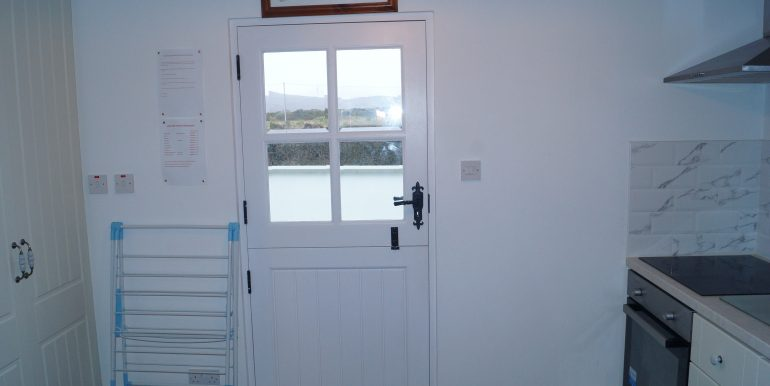 Paddy Roberts door to patio area bright Lr Dore (1)