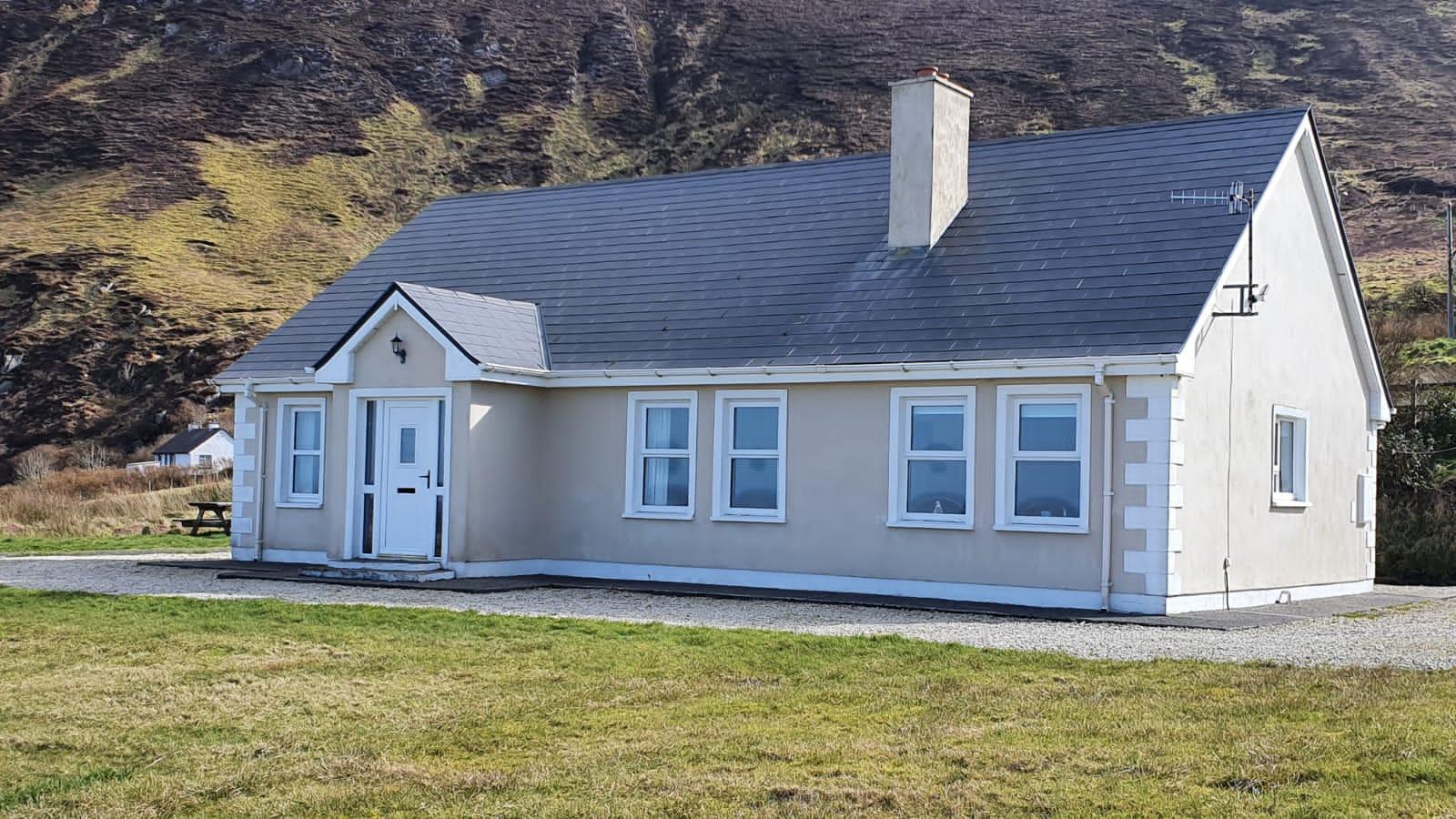 Meenalough, Brinaleck, Co. Donegal – 3 Bedroom Bungalow.