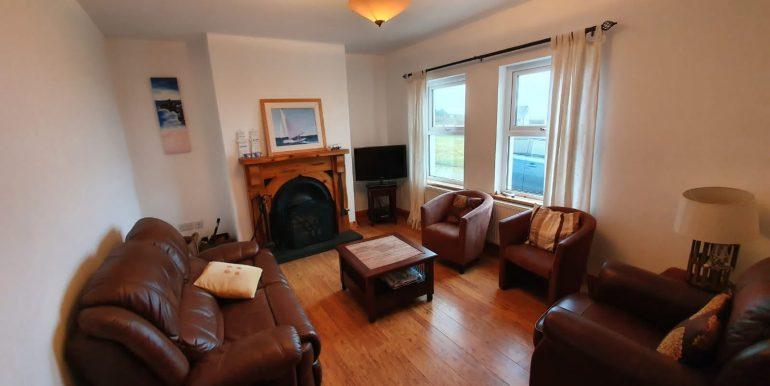 Brian Dunagan - Sitting room 1.