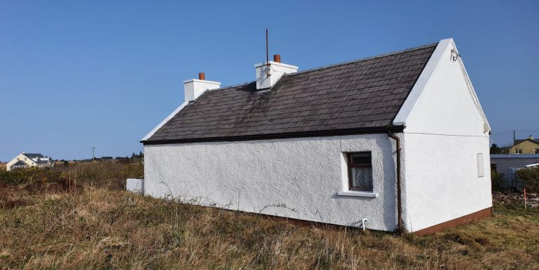 Dermot Magee old cottage side good Jun 14