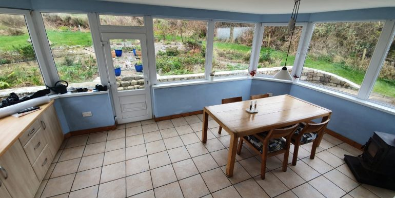 Liz & Jim - dining area table 2