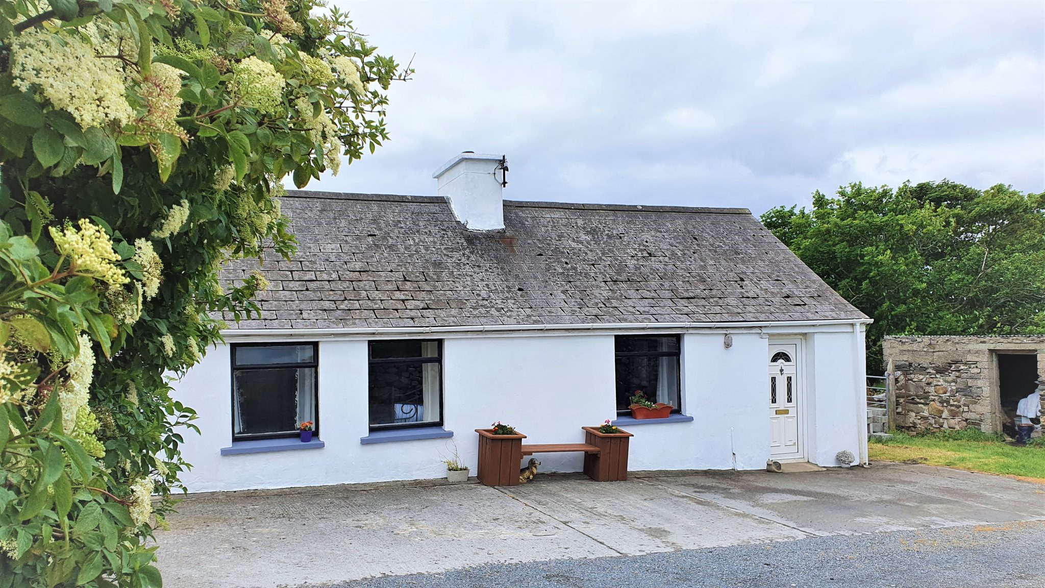 A Tradition Cottage on 4 acre site in Ballyboes, Falcarragh, Co. Donegal.