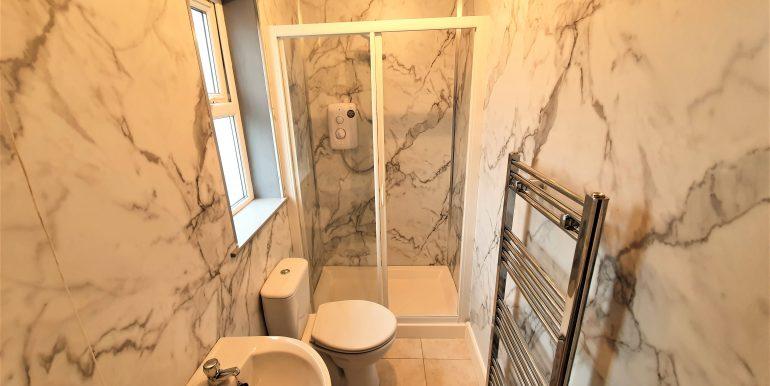 Danny Walsh shower room. house 3 July 2021