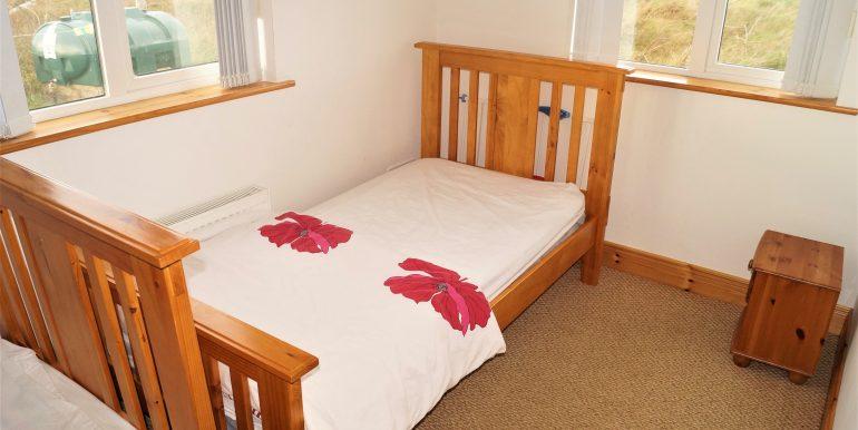 Duncan Glassagh bedroom 1 adj