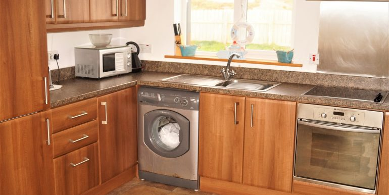 Duncan Glassagh kitchen 2 adj (1)