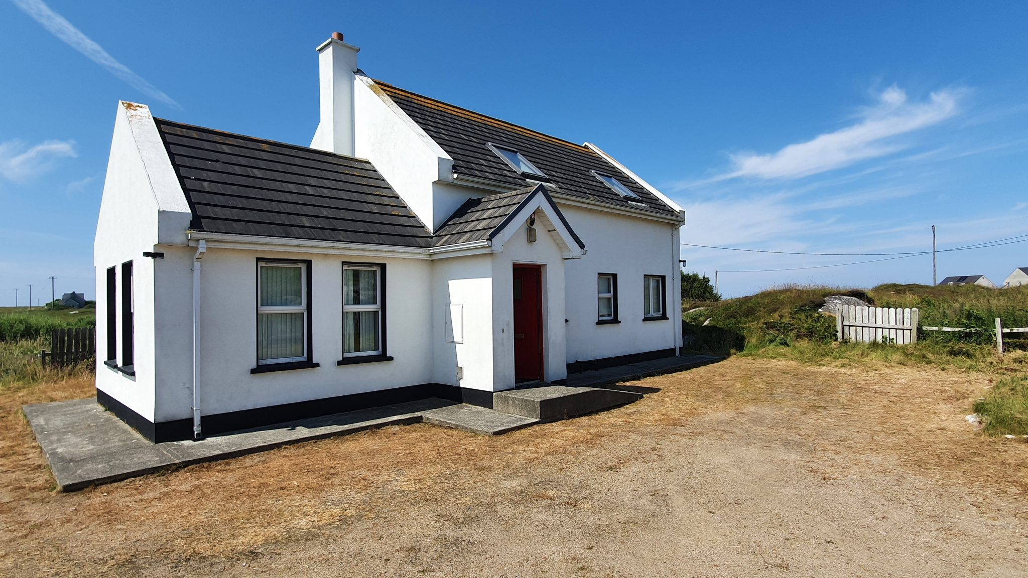 3 Bedroom House for Sale in Lower Glassagh.