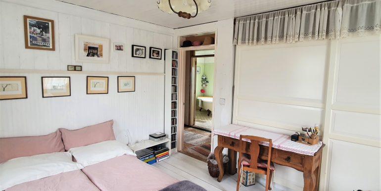 Antje bedroom 2 adj (1)