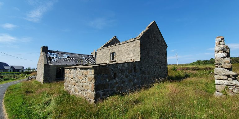 Stranabrooey - Byre and Cottage.