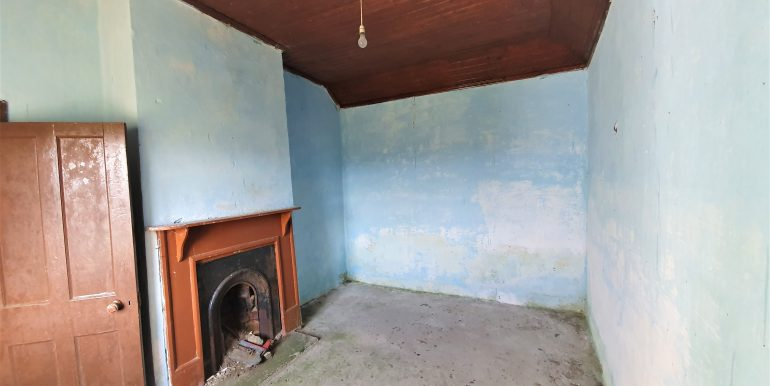 Sandra Sweeney bedroom 1 Chapel road